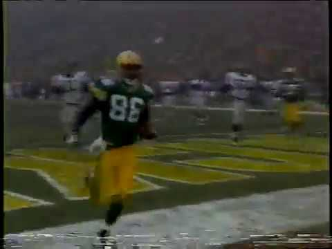 Drew & K.B. - This Was The Best Lambeau Leap Of All Time