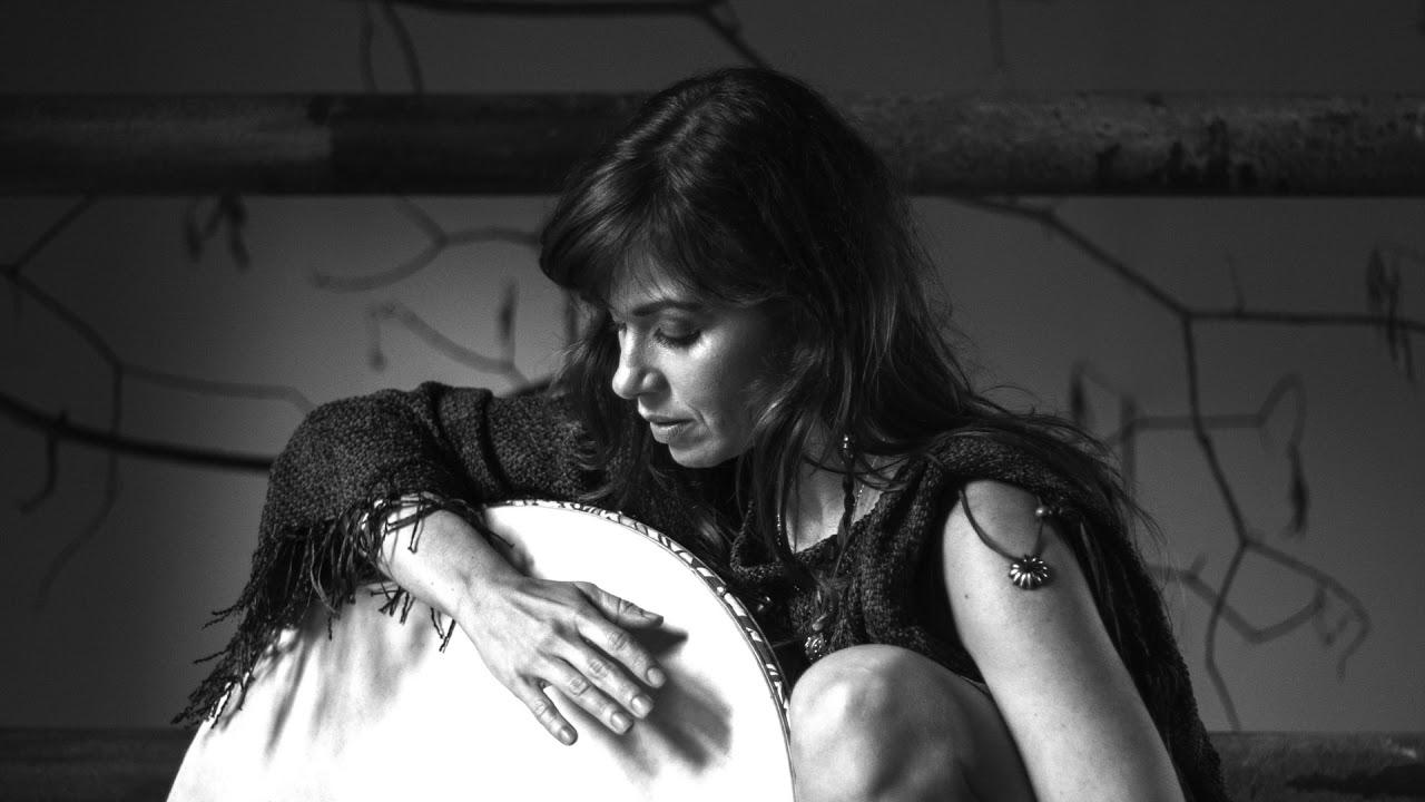 Chi Mi Na Morbheanna - Helena Angelini