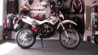 WK Trail 125cc Motorcycle - White - Running