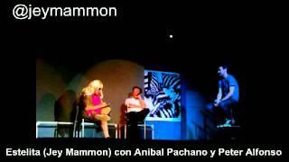 Estelita (Jey Mammon) con Anibal Pachano y Peter Alfonso