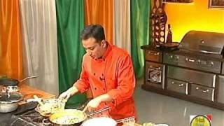 Chicken Pakhi Biryani - By VahChef @ VahRehVah.com