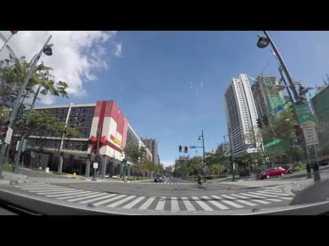 Manila 2016 12 Bonifacio Global City drive - time lapse