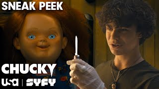 Chucky Wants To Play | SNEAK PEEK | Chucky TV Series (S1 E1) | USA Network & SYFY