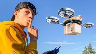 Dando Regalos A Gente Con Un Dron
