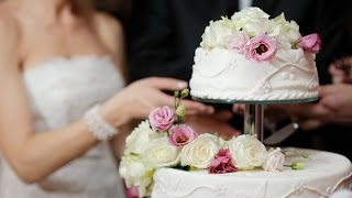Аукцион. Первый кусочек свадебного торта.