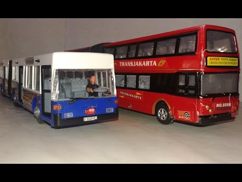 A busz kereke - Wheels On The Bus - Armins Bus Song