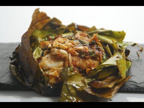 Thai Fish In Banana Leaf | Cooksmart | Sanjeev Kapoor Khazana