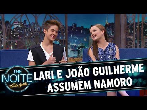 The Noite (10/03/16) - Lari E João Guilherme Assumem Namoro!
