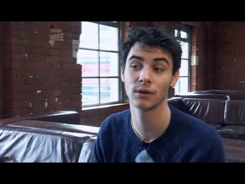 Harry Lloyd Dr Who Confidential Pt 3 - YouTube