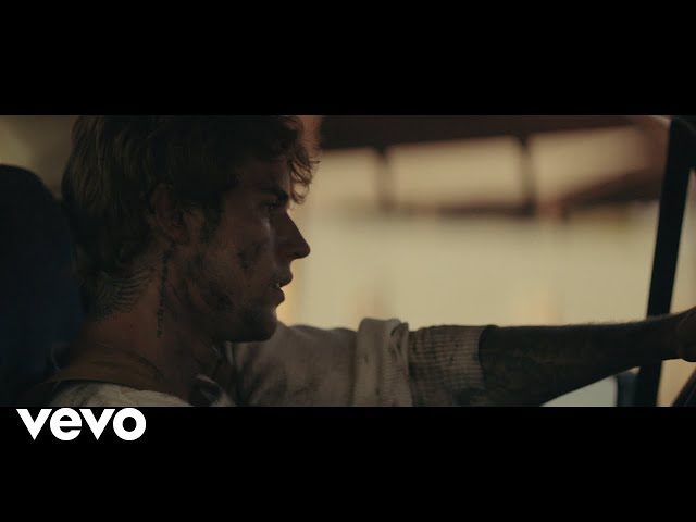 Justin Bieber - Holy (Performance Version) ft. Chance The Rapper