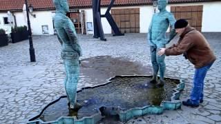 Прага  Писающие мальчики