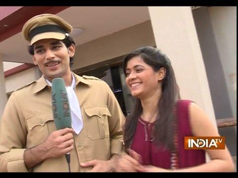 Tu Mera Hero: Titu Tries to Impress Panchi in Mehmood Style - India TV