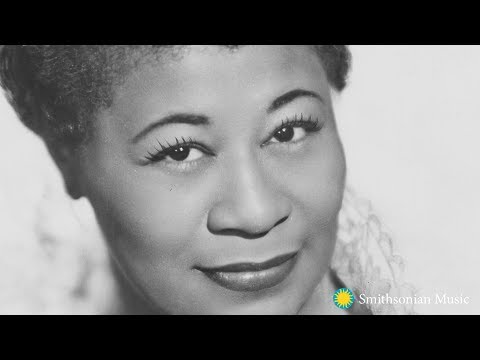 How did Ella Fitzgerald's belongings make it to the Smithsonian?