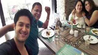 Vikram Chatterjee Family Album | Actor Vikram Chatterjee with his Family
