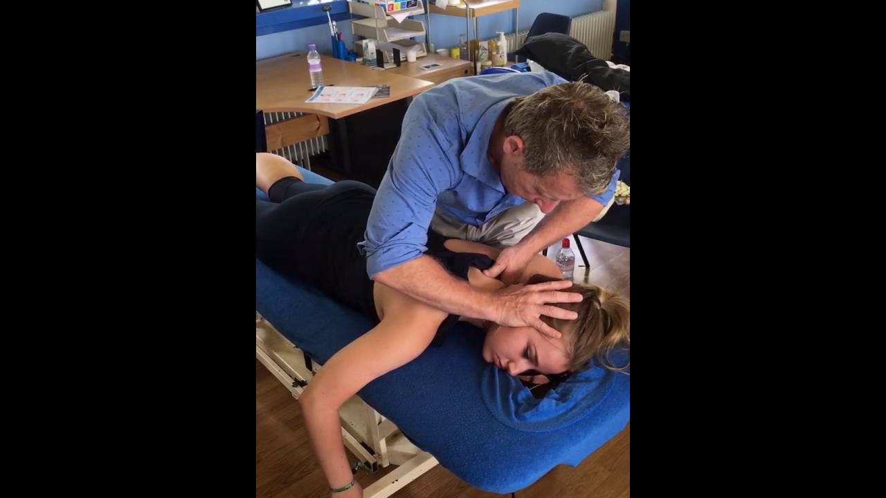 How To Perform A Spinal Manipulation Hvt Grade 5 To