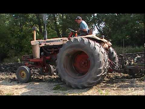CASE 1030 with plow