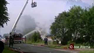 23-06-2014 Grote brand verwoest caravanopslag in Pietersbierum