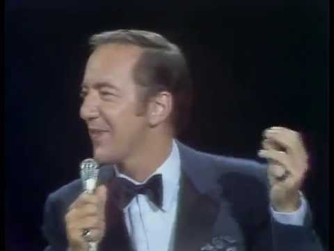 Bobby Darin vs Michael Buble - Mack The Knife