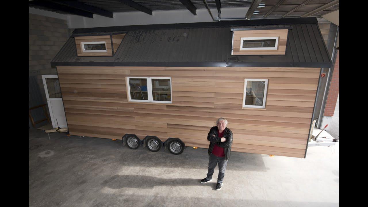 visite d 39 une tiny house youtube. Black Bedroom Furniture Sets. Home Design Ideas