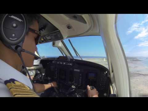 BE200 Air Archipels Visual Approach Apataki