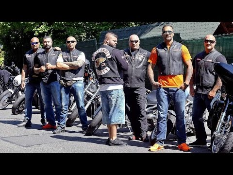 GANGLAND  HELLS ANGELS 81 MC  DANGEROUS GANGS