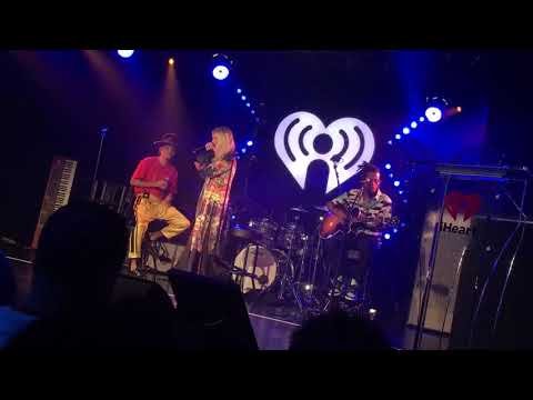"""ASHLEE + EVAN """"I Do"""" At IHeartRadio Theater"""