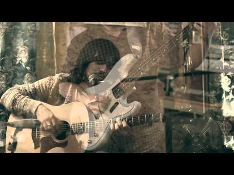Bibio - Raincoat (Session)
