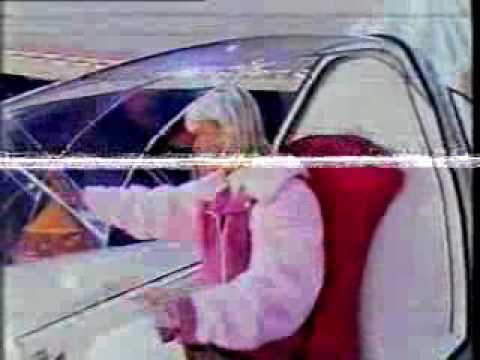Xuxa dança com o câmera, com a Paquita Diane, e se despede no Xuxa Park - 1997