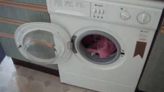 My Gran's Indesit 1263W Washing Machine