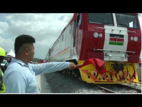 Kenya receives 6 locomotive engines from China