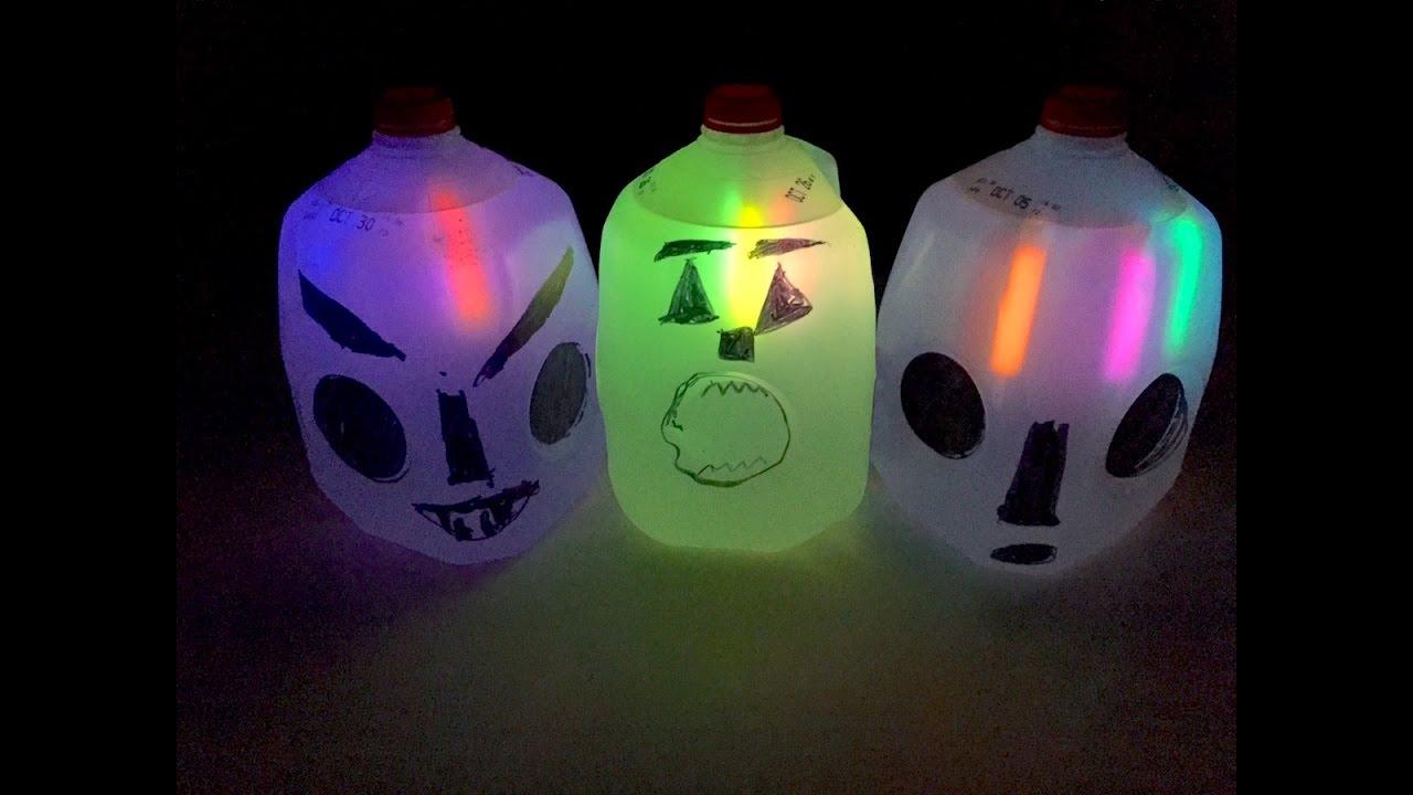 Milk Carton Halloween Crafts Part - 45: Halloween Milk Jug Ghosts: How To Make Ghosts Out Of Milk Cartons |  Halloween Decorations