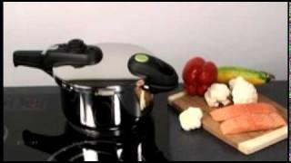 Скороварка GREEN CONTROL на posuda-lux.com(Скороварка с системой GREEN CONTROL для точного контроля давления внутри контейнера. Позволяет готовить при..., 2011-10-31T07:07:09.000Z)