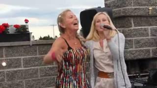 """Gambar cover Frøydis Skinnarland og Solvår Raaen synger """"Hvis jeg fikk være sola di"""""""
