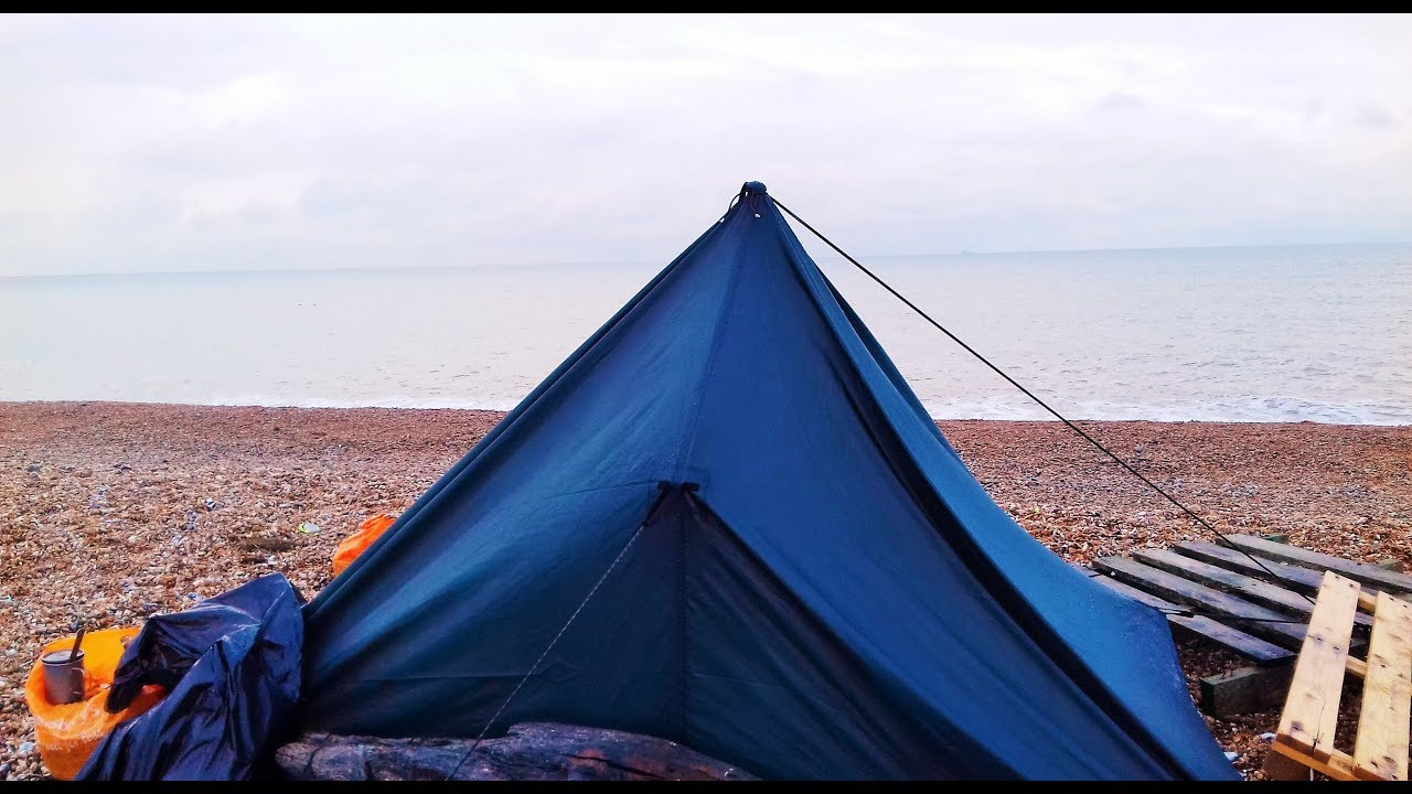 WILD CAMP ON DUNGENESS BEACH IN KENT - YouTube