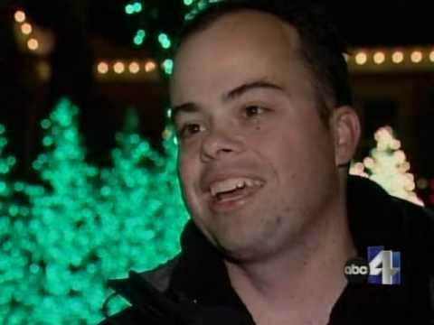 Holdman Christmas Lights - News Story 2007