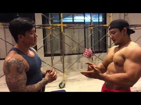 สอนเทคนิคการเล่นกล้ามเนื้อหน้าแขนให้ดูเต็มและมีมิติ โดย จักริน ยิ่งเจริญ นักเพาะกายไทย