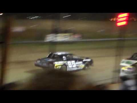 Stock Car Heat 4 @ Marshalltown Speedway 04/07/17