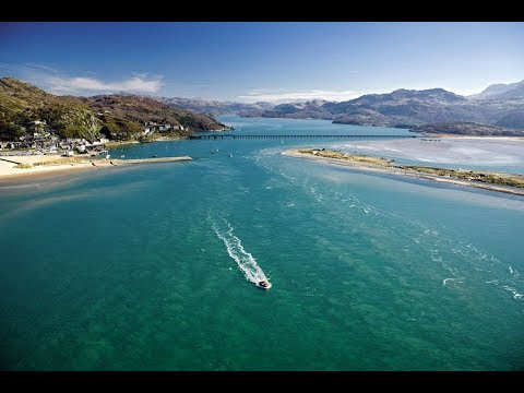 Discover the coastal town of Barmouth