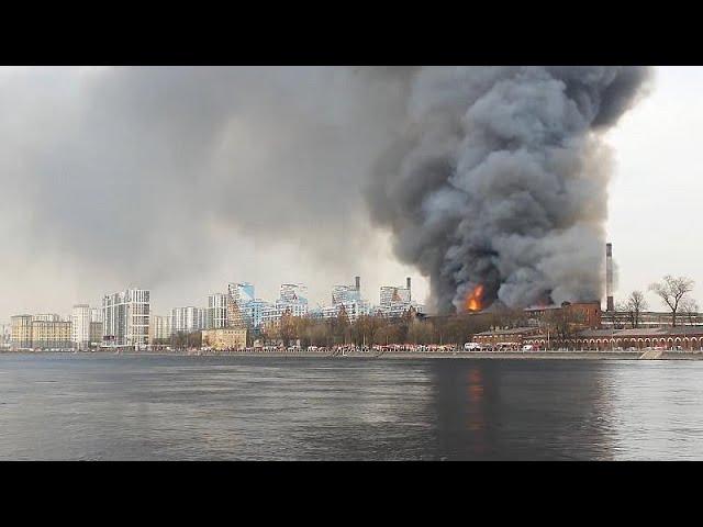 Incendio arrasa fábrica del siglo 19