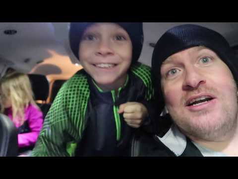 🏂💥KIDS CRASH INTO EACH OTHER SNOWBOARDING😱! KIDS FIRST TIME SNOWBOARDING | SUNDANCE MOUNTAIN RESORT