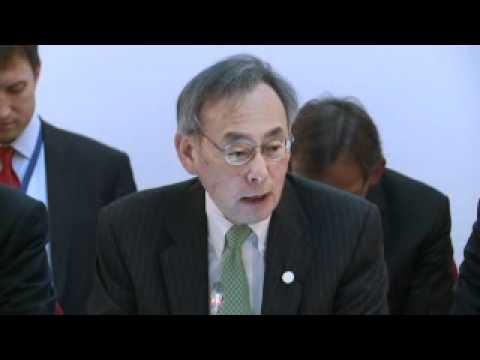 Steven Chu, US Energy Secretary addresses the Clean Energy Ministerial