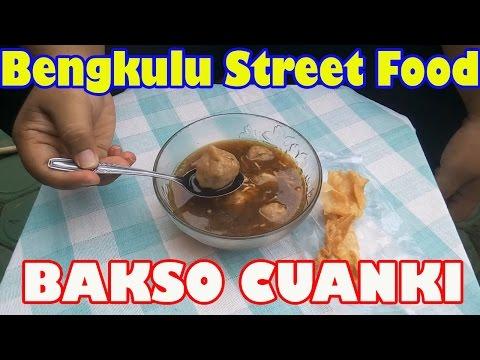 Bengkulu Street Food #2 Bakso Cuanki/Arema Mini (Cuanki Meatballs)