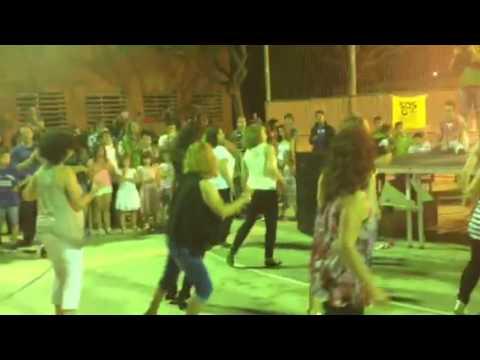 Baile Mamma mía por mamás de alumnos/as de sexto - YouTube - photo#4