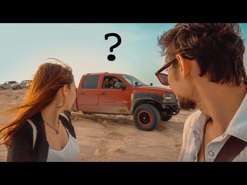 ÇÖLDE OTOSTOP ÇEKİP SAFARİ YAPTIK! - Katar'da İlginç Yaşamlar, Zengin Araplar, Yarış Arabaları