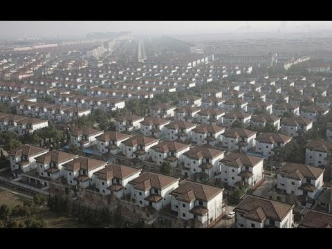 No houses in China but villas for the very wealthy!!!