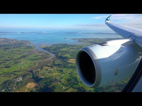 Stunning Cathay Pacific Airbus A350-900 landing in Auckland!