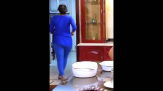 Serial actress hot back shaking - extremely hot