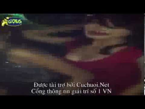 Tuyển tập hot girl Việt quẩy lên trong quán Bar