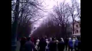Мариуполь 12.04.14 шествие пр.металлургов(, 2014-04-12T12:44:12.000Z)