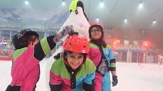 بنات الحارة هاجموا حمده بالثلج